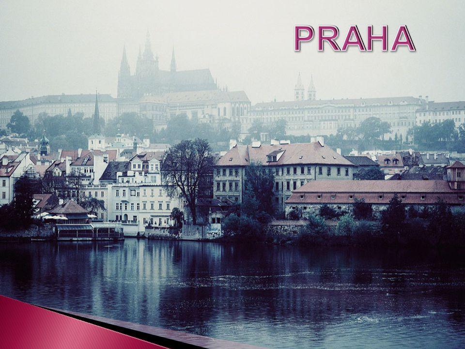 PRAHA  Praha je hlavní město České republiky. Sídlí tu prezident republiky, vláda a parlament.
