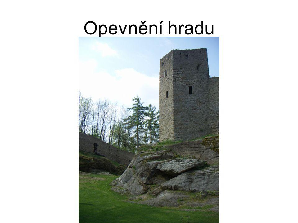 Opevnění hradu