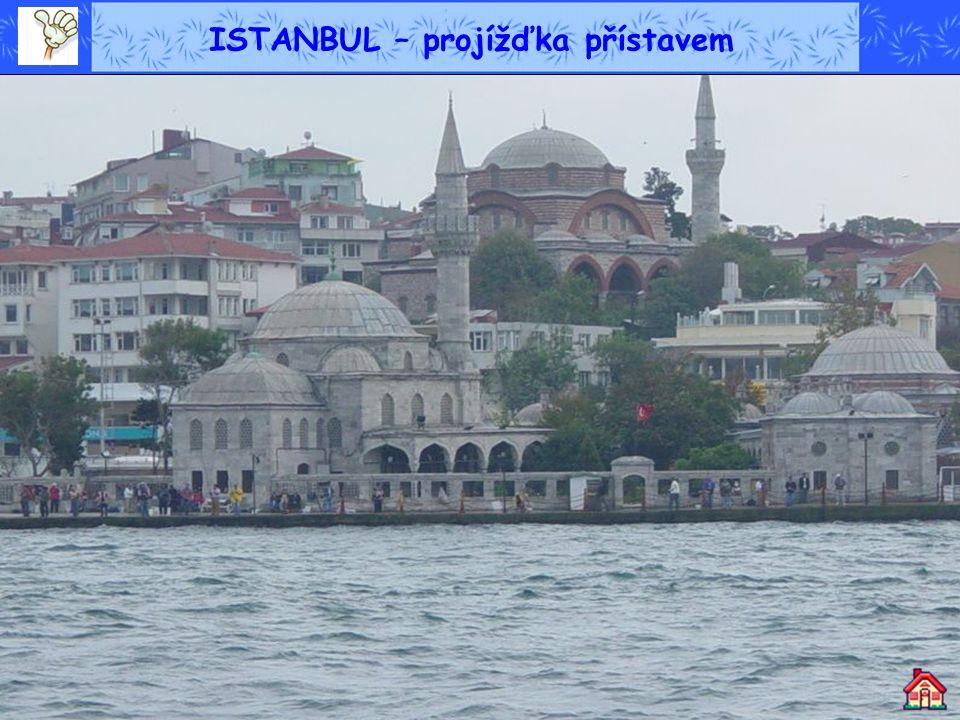 ISTANBUL – projížďka přístavem