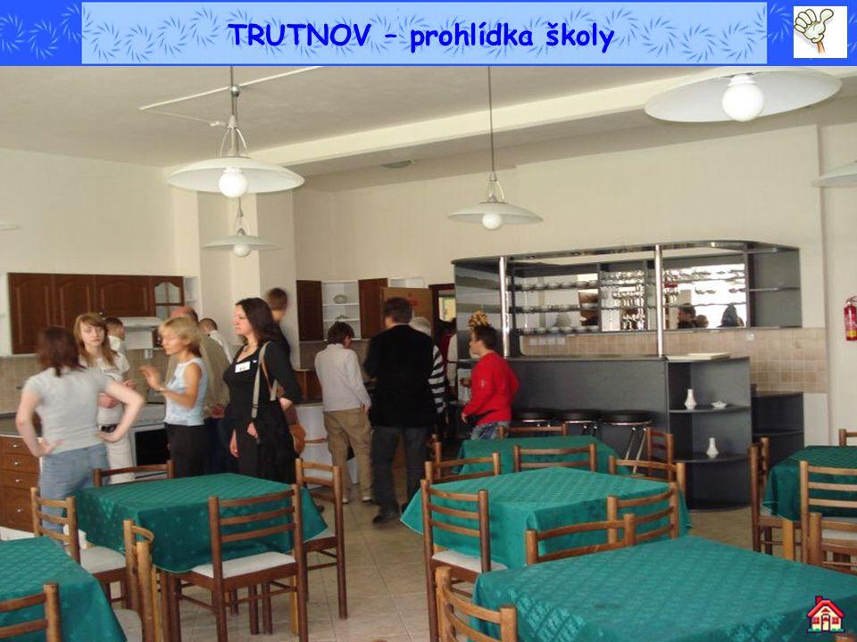 TRUTNOV – prohlídka školy