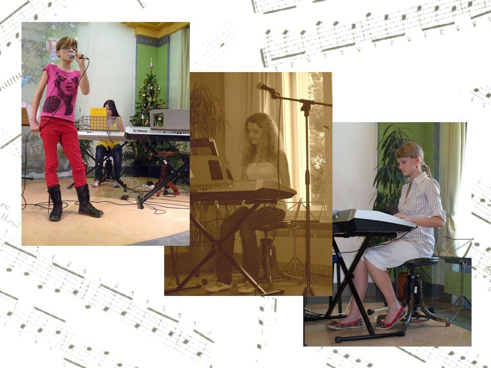 Klávesisté se prezentují nejen jako sólisté, nýbrž také jako pohotoví korepetitoři pro hráče na jiné nástroje.