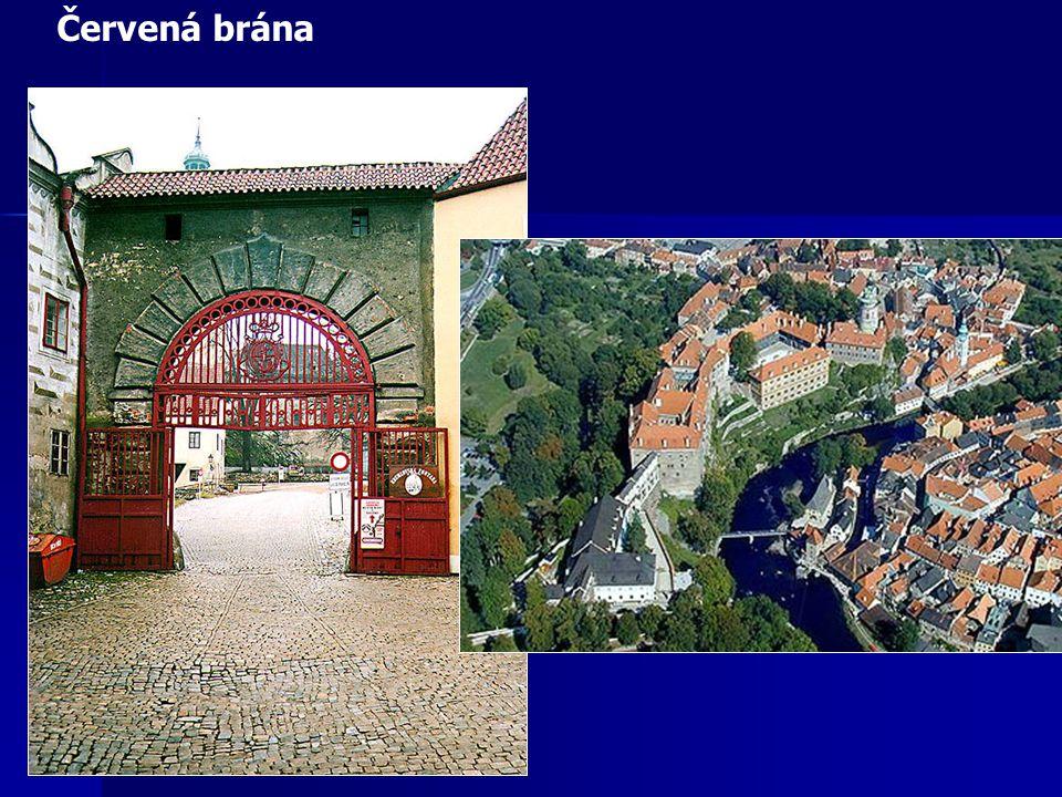 Most na Plášti Zámecké divadlo