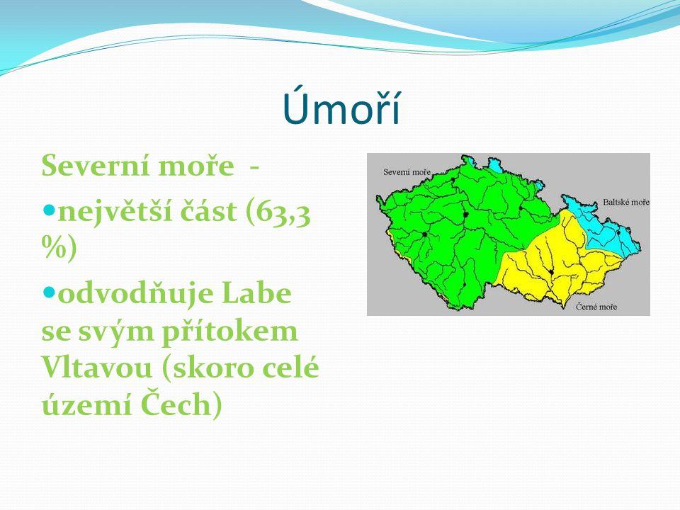 Úmoří Severní moře - největší část (63,3 %) odvodňuje Labe se svým přítokem Vltavou (skoro celé území Čech)
