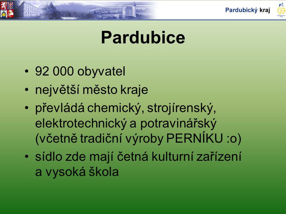 Pardubice 92 000 obyvatel největší město kraje převládá chemický, strojírenský, elektrotechnický a potravinářský (včetně tradiční výroby PERNÍKU :o) sídlo zde mají četná kulturní zařízení a vysoká škola