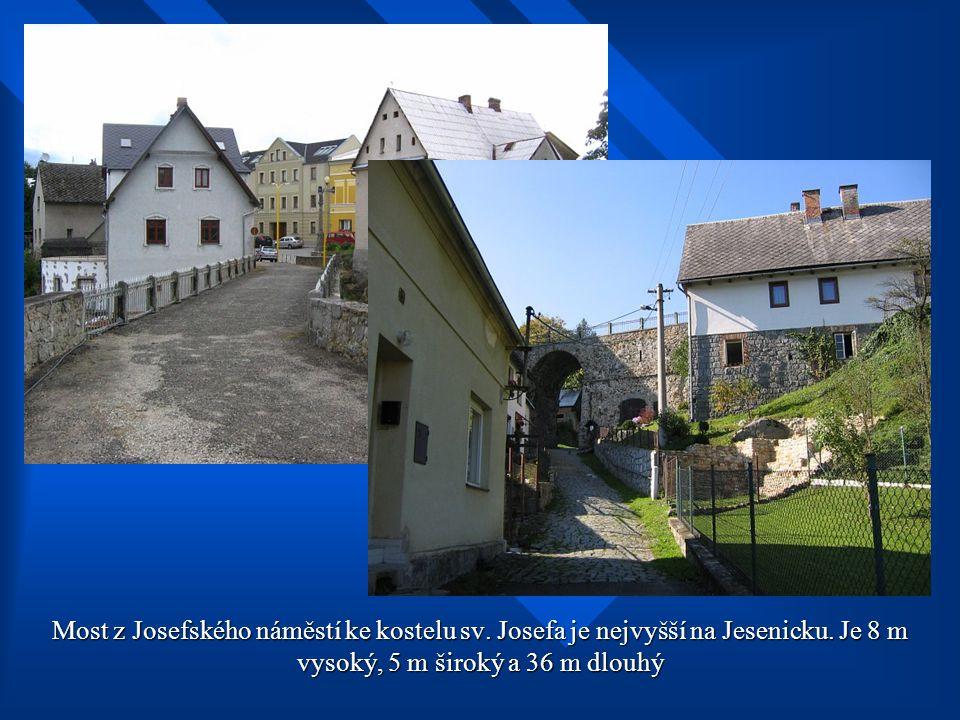 Kostel sv. Josefa - interiér a pohledy z jižní strany