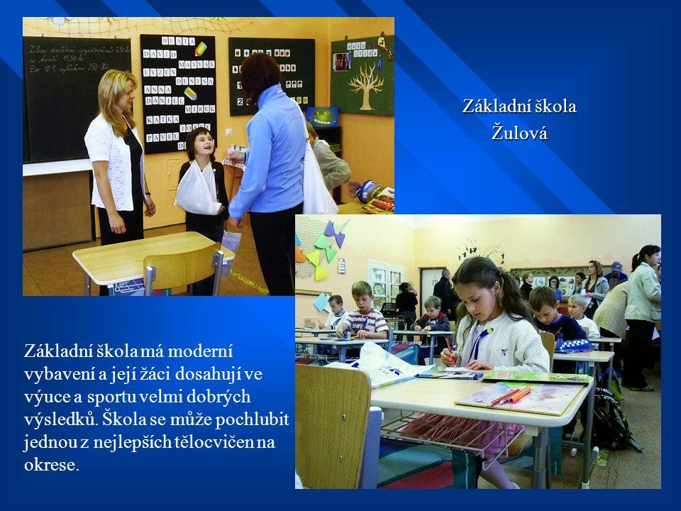 Mateřská škola Žulová Děti z mateřské školy rády předvádějí své dovednosti a vystupují skoro na všech akcích ve městě.