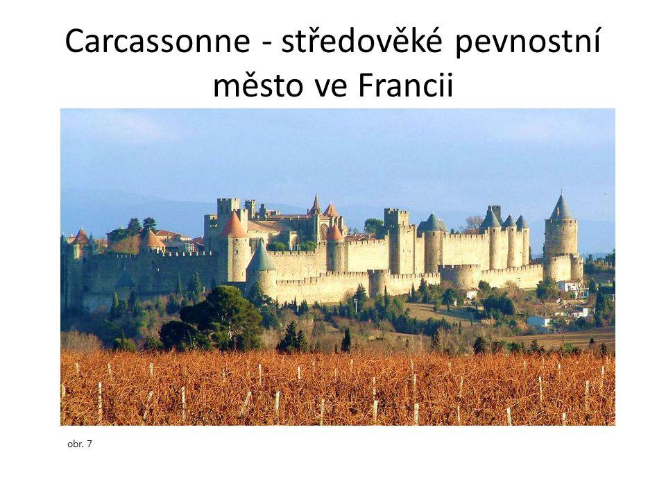 Carcassonne - středověké pevnostní město ve Francii obr. 7