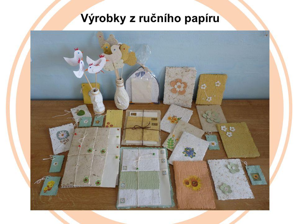 Výrobky z ručního papíru