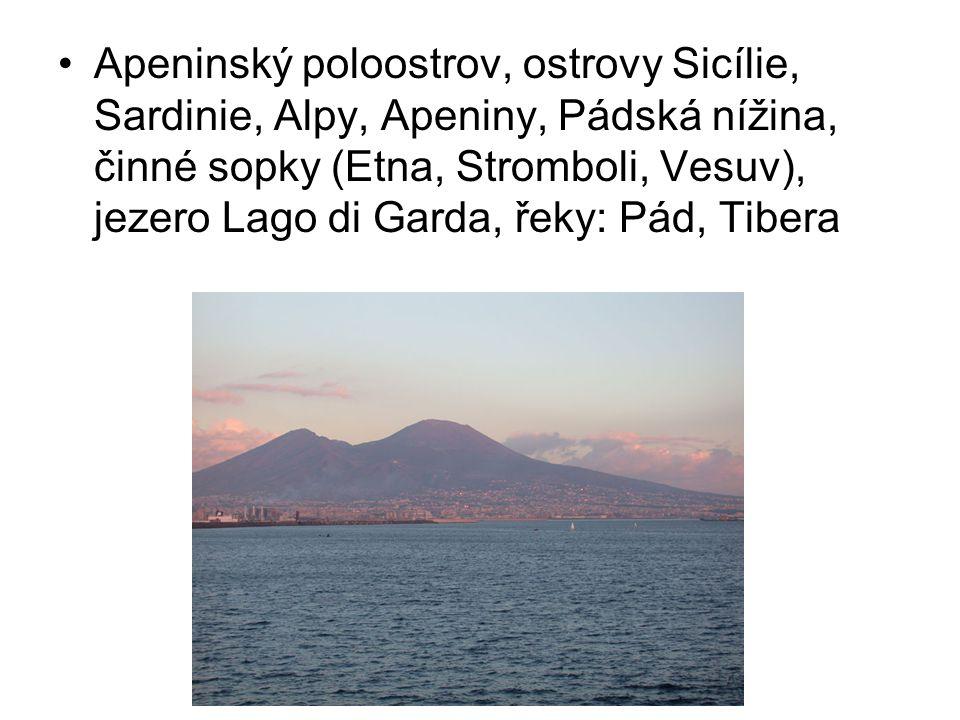 Apeninský poloostrov, ostrovy Sicílie, Sardinie, Alpy, Apeniny, Pádská nížina, činné sopky (Etna, Stromboli, Vesuv), jezero Lago di Garda, řeky: Pád,