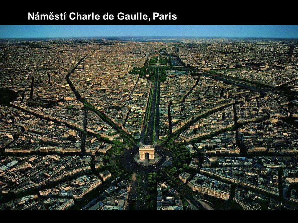 Náměstí Charle de Gaulle, Paris