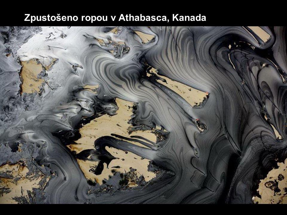 Zpustošeno ropou v Athabasca, Kanada