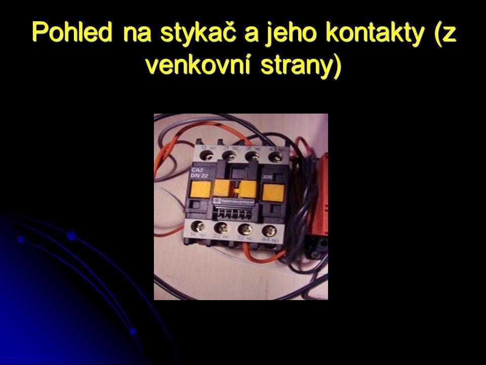 Odpojovače Jsou to přístroje, které slouží k odpojení, nebo rozpojení obvodů bez zatížení.