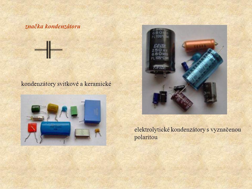 značka kondenzátoru kondenzátory svitkové a keramické elektrolytické kondenzátory s vyznačenou polaritou