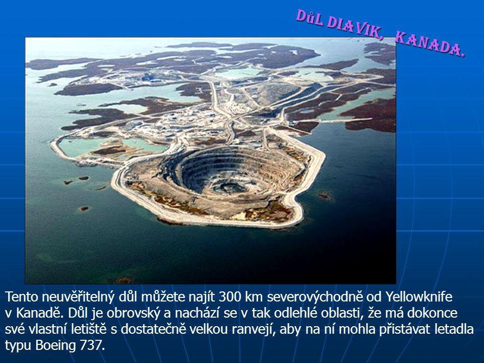 Povrchová hladina, s téměř dokonale kruhovitým tvarem, je 1/4 míle široká, uprostřed hloubka dosahuje 145 metrů.