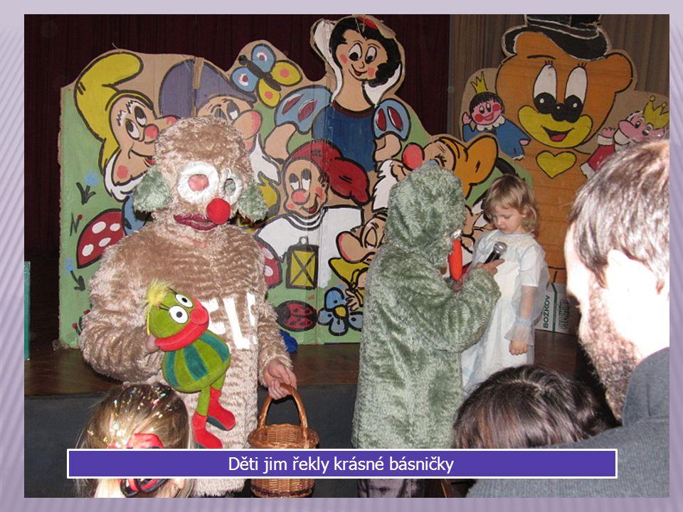 Na karneval přijeli i televizní JůHeláci