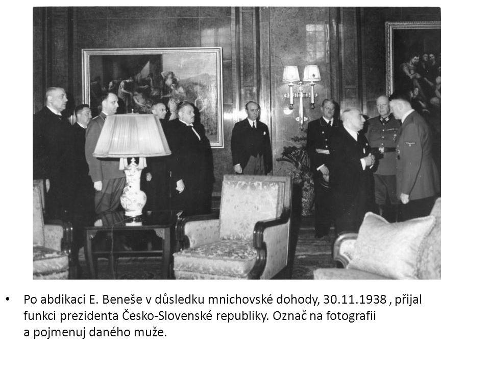 Na fotografii je muž, jenž se konference v Mnichově účastnit nemohl a s výsledkem byl pouze obeznámen.