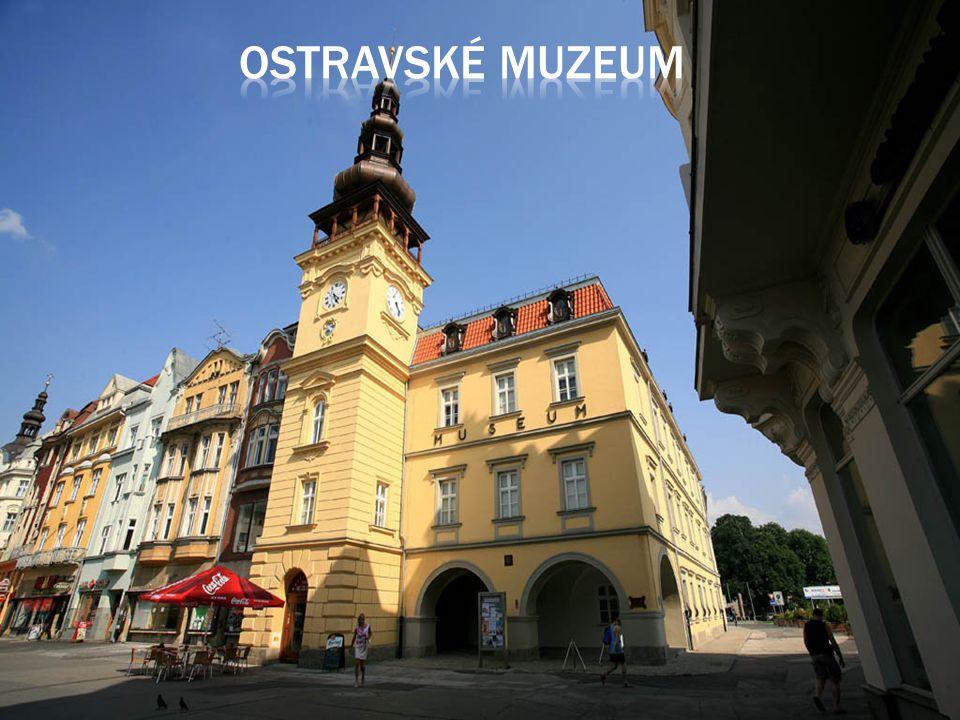 Po zajímavé prohlídce divadla jsme šli na prohlídku Ostravského muzea.