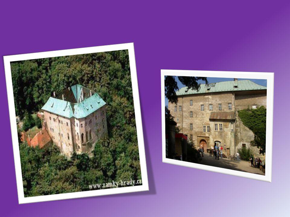 Kokořín Hrad postavil r.1320 Hynek Berka z Dubé, obýván byl do pol.