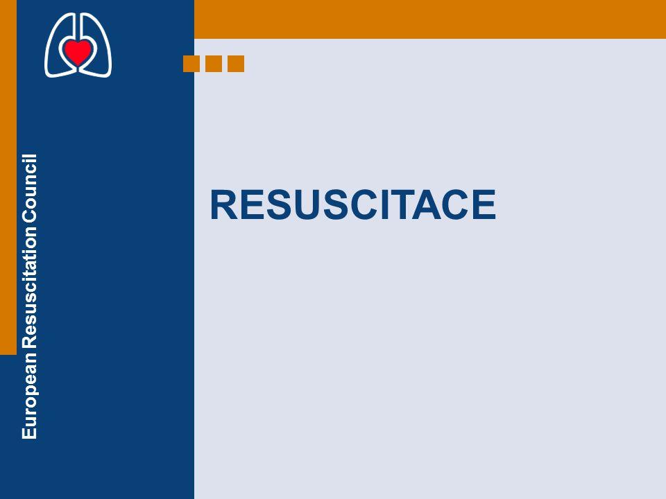 European Resuscitation Council 30 kompresí hrudníku bezpečný přístup kontrola reakcí volání pro pomoc uvolnění dýchacích cest kontrola dýchání Volat 155 (112) 30 kompresí hrudníku 2 záchranné dechy