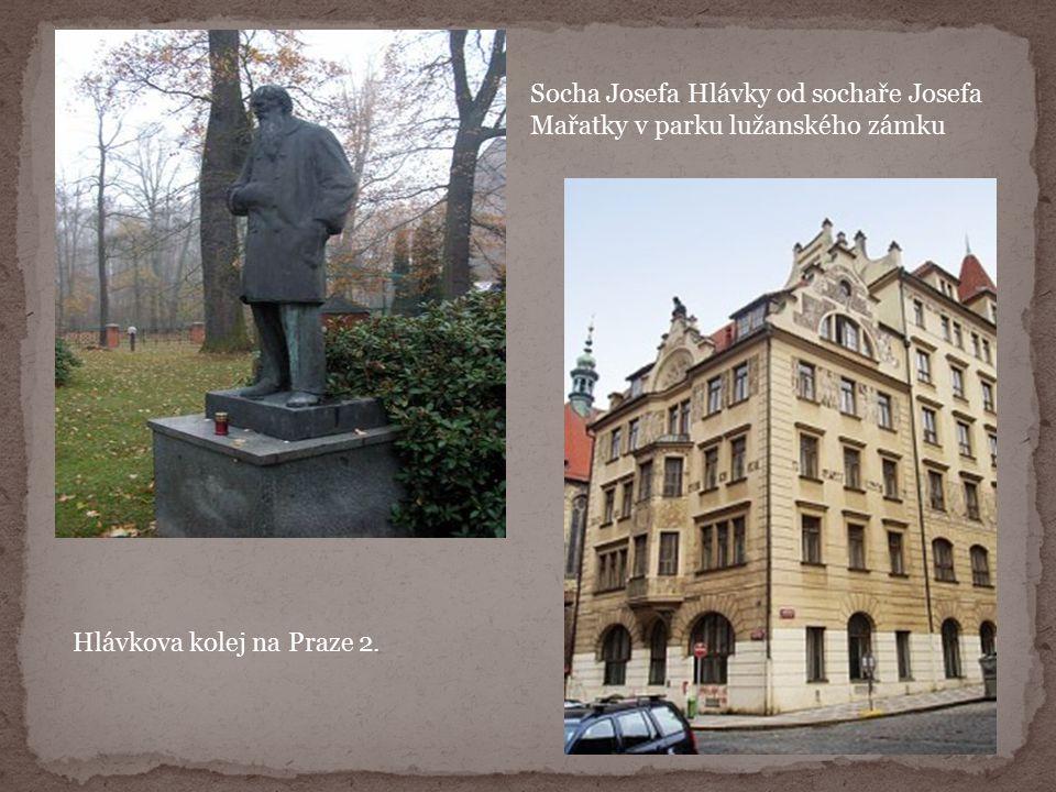 Socha Josefa Hlávky od sochaře Josefa Mařatky v parku lužanského zámku Hlávkova kolej na Praze 2.