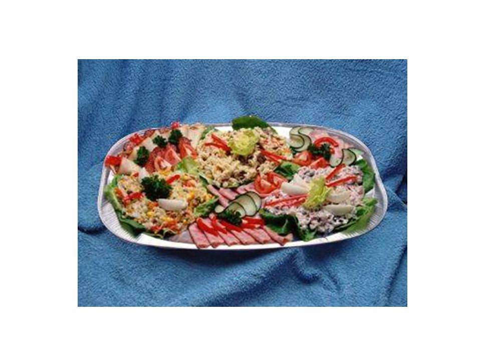 K přípravě používáme : Kvalitní uzeniny z trvanlivého i měkkého salámu Sýry tvrdé Eidamového typu ( i plísňové ) Galantiny, paštiky, plněná masa Ryby Drůbeží závitky Plněné rolky (šunkové, rostbífové)