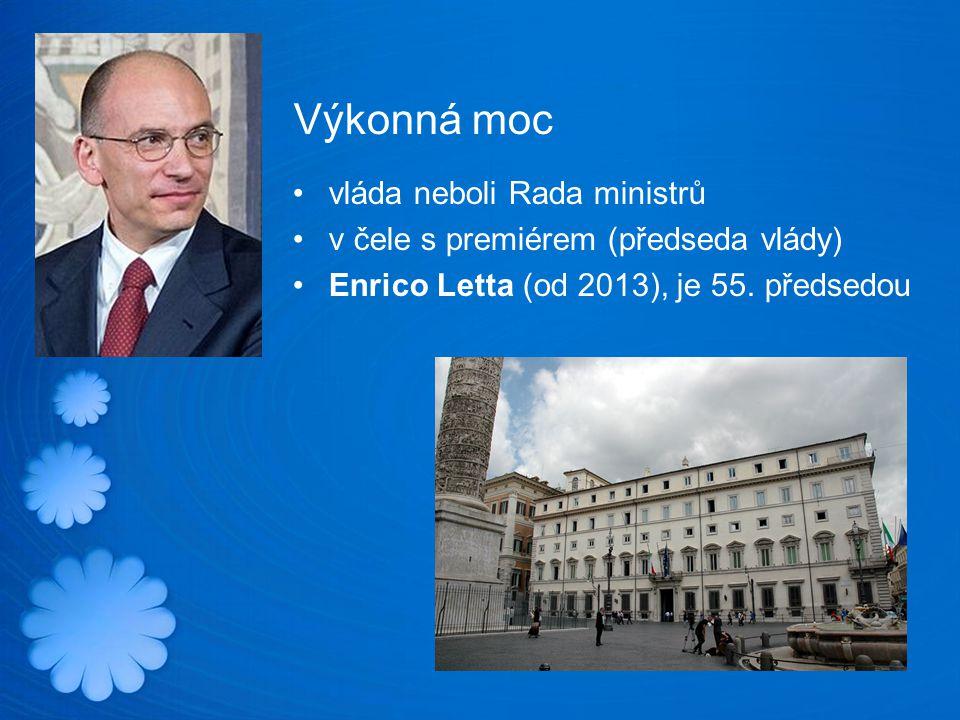 Výkonná moc vláda neboli Rada ministrů v čele s premiérem (předseda vlády) Enrico Letta (od 2013), je 55.