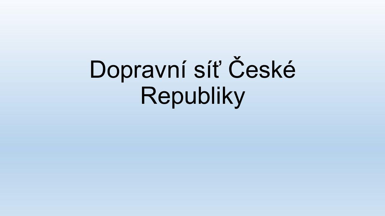Typy dopravních sítí v ČR Silniční Železniční Letecká Vodní Podzemní dopravní síť (Pražské metro) Cyklistická