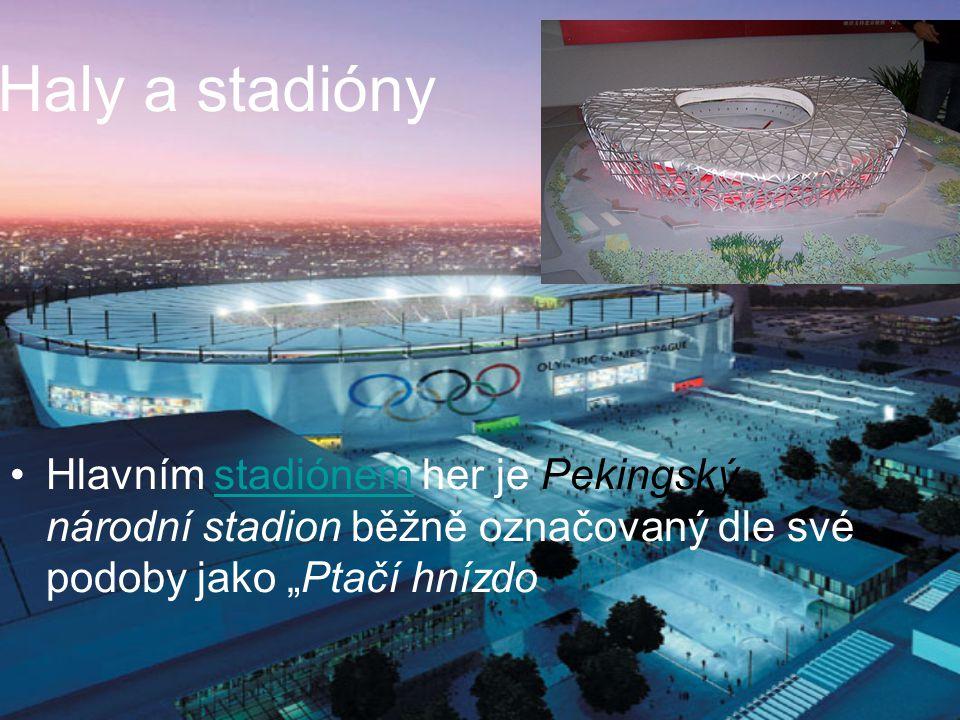 """Haly a stadióny Hlavním stadiónem her je Pekingský národní stadion běžně označovaný dle své podoby jako """"Ptačí hnízdostadiónem"""