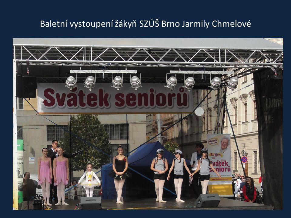 Seniory přišel pozdravit a popřát k svátku primátor Brna Bc. Roman Onderka a také starosta měst. části Brno-střed Mgr. Libor Šťástka