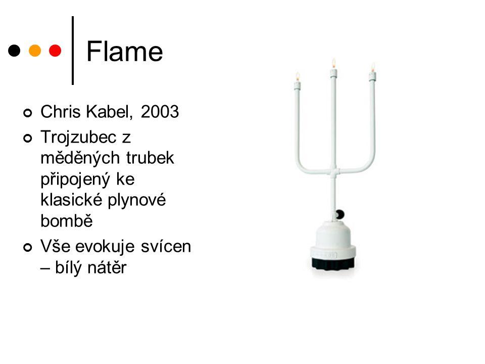 Flame Chris Kabel, 2003 Trojzubec z měděných trubek připojený ke klasické plynové bombě Vše evokuje svícen – bílý nátěr