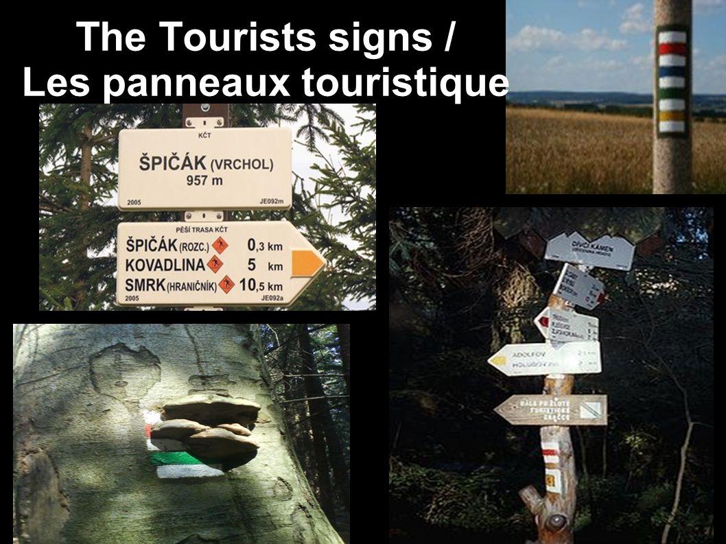 The Tourists signs / Les panneaux touristique