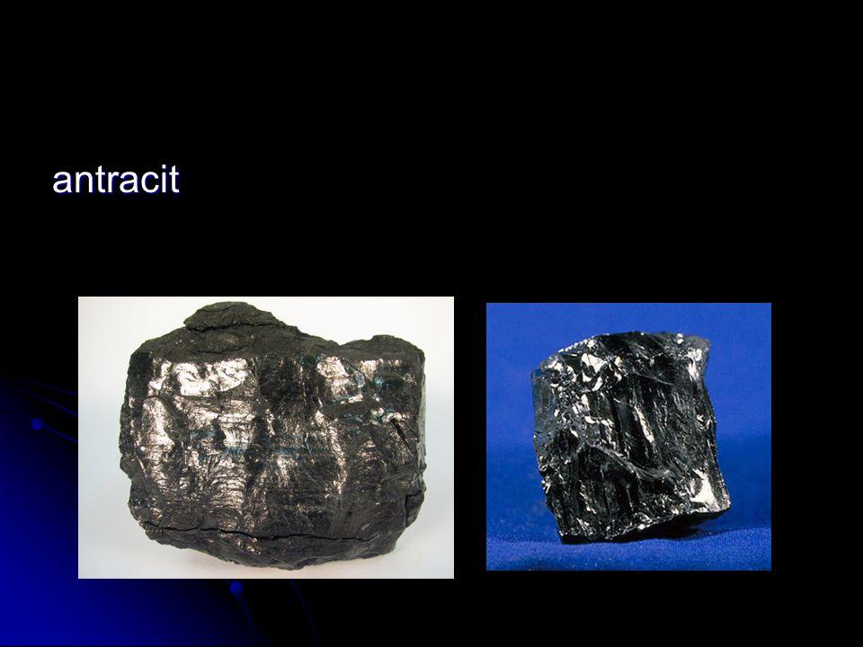 hlubinná těžba uhlí : hlubinná těžba uhlí : v těžbě se v současné době používají : kombajny, pluhy, mechanizované výztuže v těžbě se v současné době používají : kombajny, pluhy, mechanizované výztuže dobývací metodou je směrné stěnování na řízený zával dobývací metodou je směrné stěnování na řízený zával vyuhlování se provádí dobývacími kombajny a pluhy vyuhlování se provádí dobývacími kombajny a pluhy k vyztužování porubů se používá mechanizovaná výztuž a individuální hydraulická výztuž k vyztužování porubů se používá mechanizovaná výztuž a individuální hydraulická výztuž uhlí se těží prostřednictvím šachet a systému štol - dnes již výhradně prostřednictvím mechanizovaných postupů a moderních technologií uhlí se těží prostřednictvím šachet a systému štol - dnes již výhradně prostřednictvím mechanizovaných postupů a moderních technologií hlubinná těžba probíhá za složitých geologických podmínek v souvrstvích sahajících do hloubek mnoha set metrů hlubinná těžba probíhá za složitých geologických podmínek v souvrstvích sahajících do hloubek mnoha set metrů