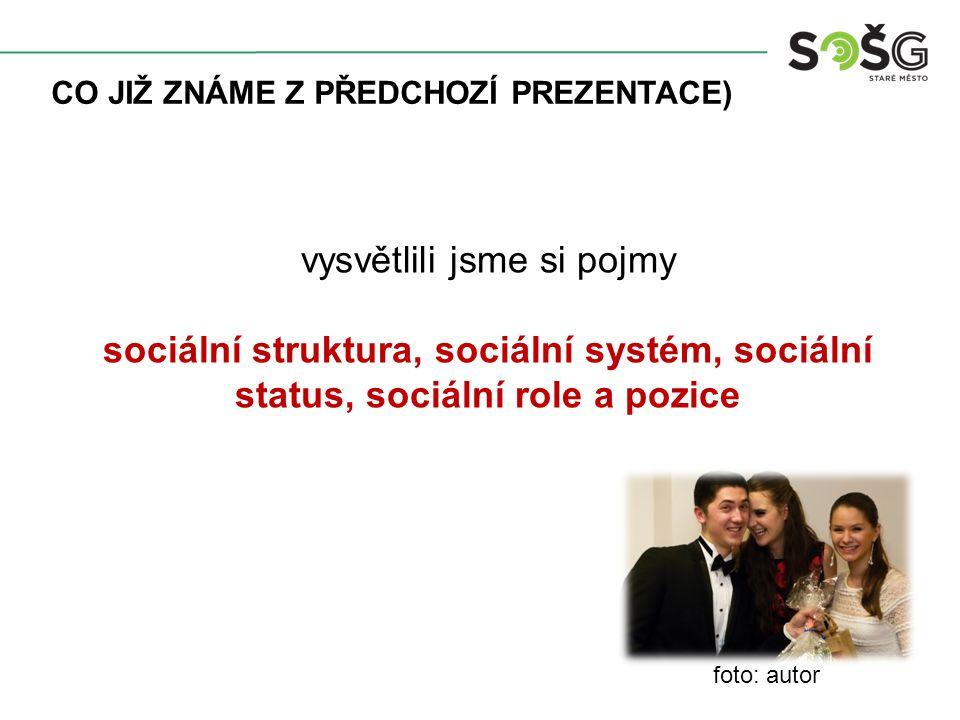 TEORIE SOCIÁLNÍCH SKUPIN sociální skupina je sociologický pojem, který označuje tzv.