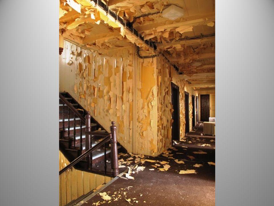 Následují interiéry z poslední doby před vznikem požáru.