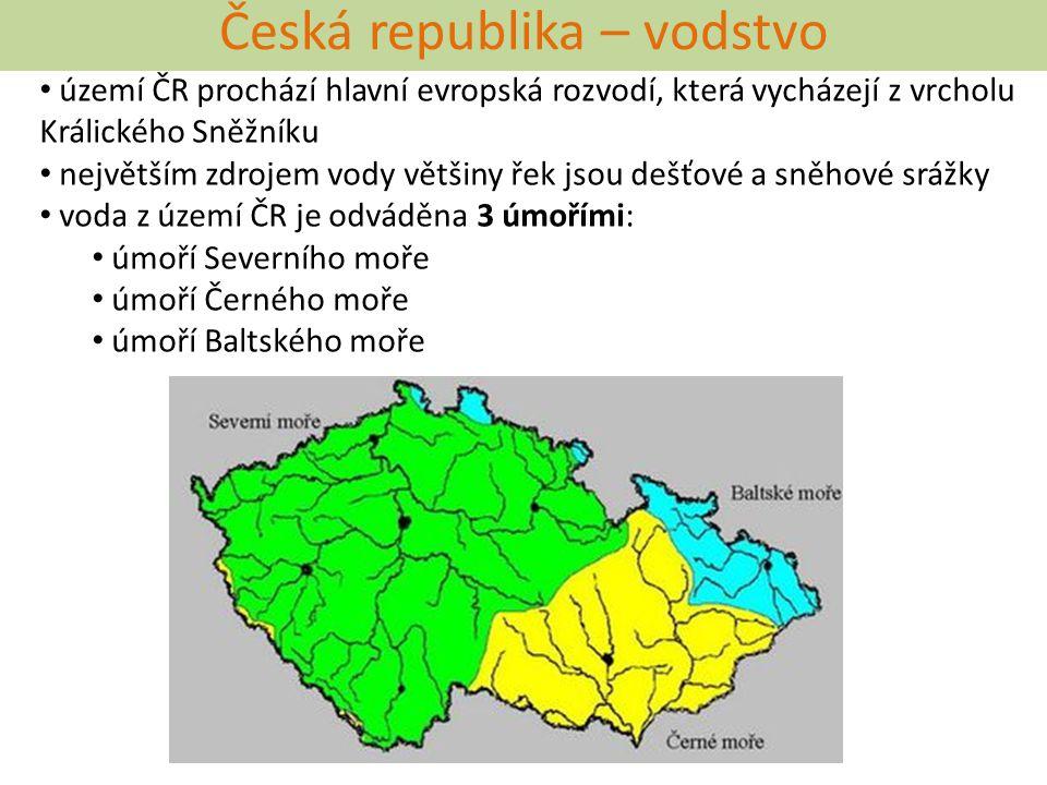 Česká republika – vodstvo území ČR prochází hlavní evropská rozvodí, která vycházejí z vrcholu Králického Sněžníku největším zdrojem vody většiny řek