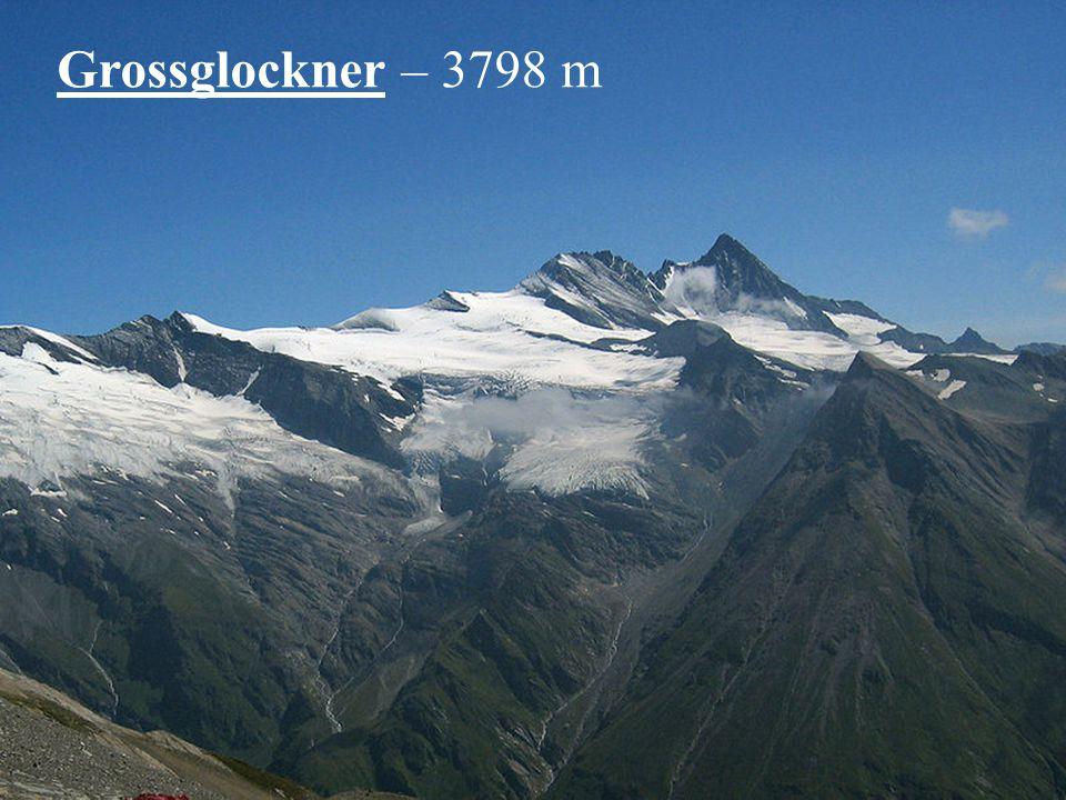 Satelitní snímek Švýcarska