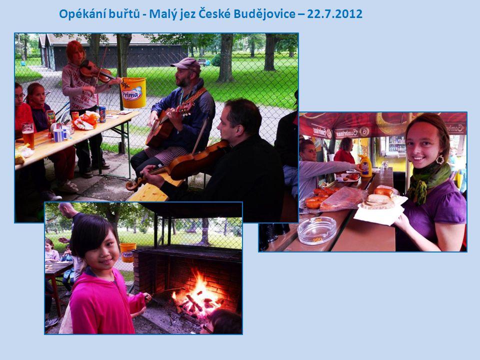Opékání buřtů - Malý jez České Budějovice – 22.7.2012