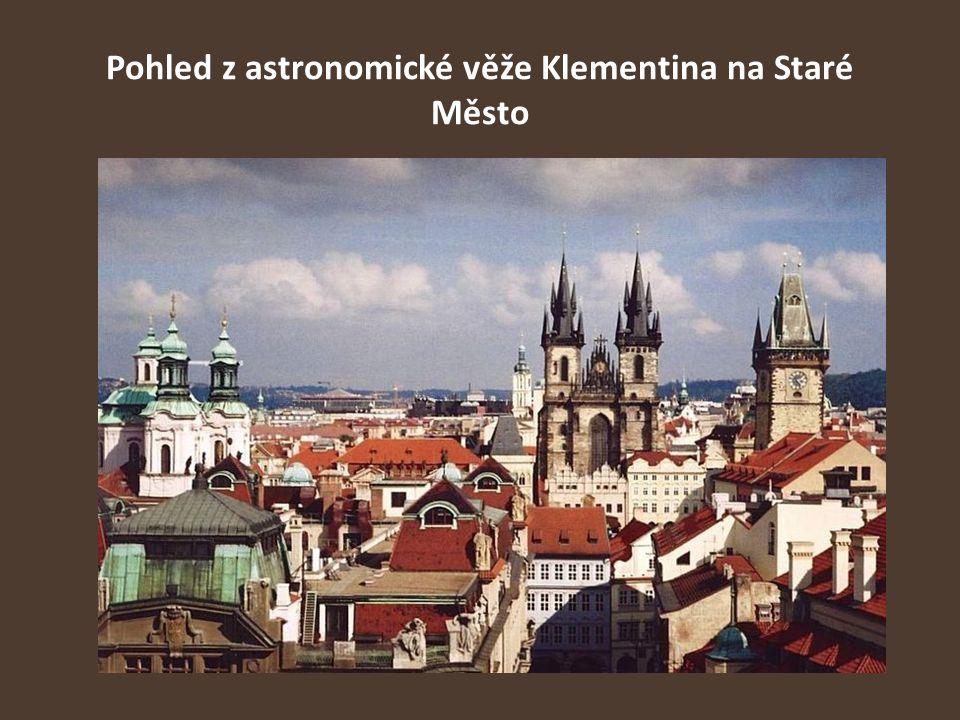 Pohled z astronomické věže Klementina na Staré Město