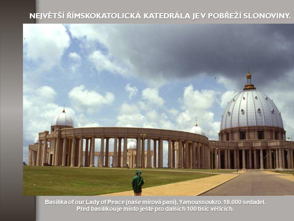 NEJVYŠŠÍ A NEJVĚTŠÍ SOCHA JE V BRAZÍLII