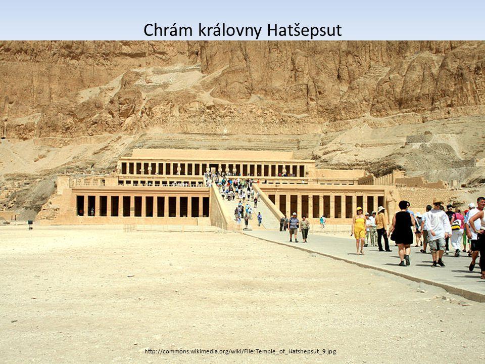 Chrám královny Hatšepsut http://commons.wikimedia.org/wiki/File:Temple_of_Hatshepsut_9.jpg