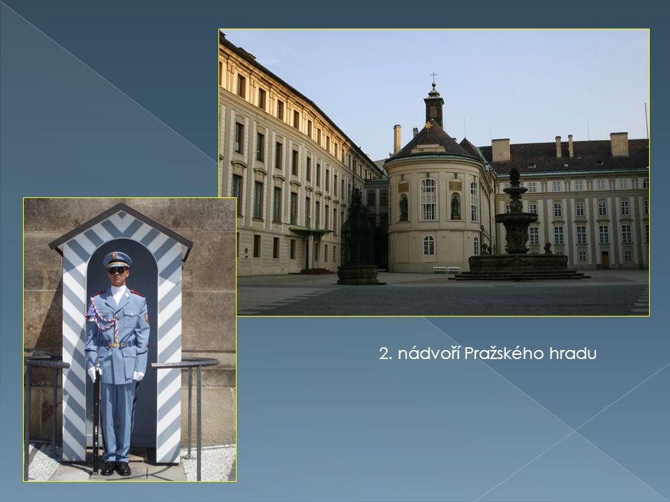 2. nádvoří Pražského hradu