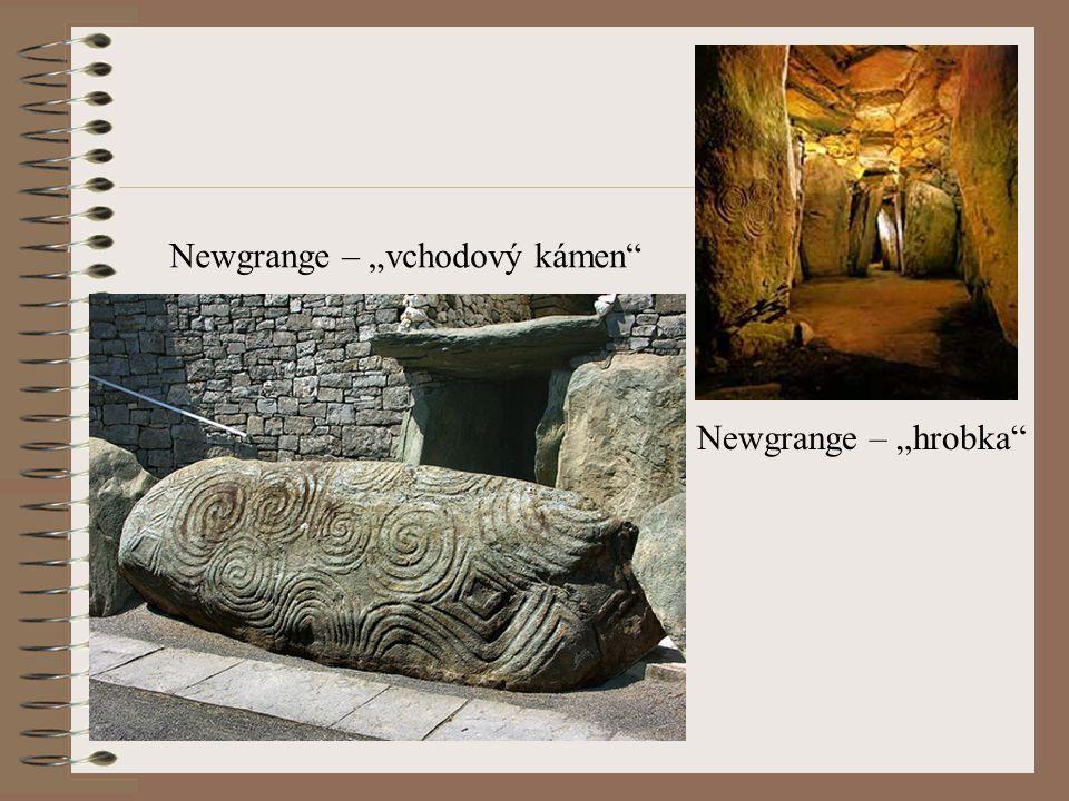 "Newgrange – ""vchodový kámen"" Newgrange – ""hrobka"""