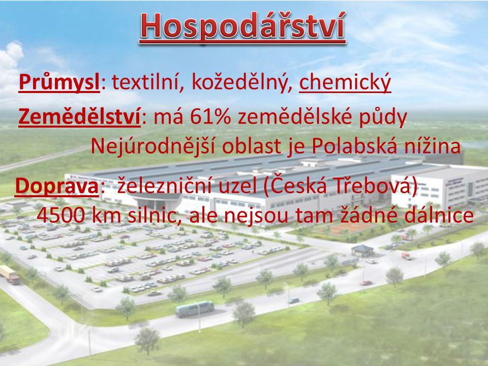 Průmysl: textilní, kožedělný, chemický Zemědělství: má 61% zemědělské půdy Nejúrodnější oblast je Polabská nížina Doprava: železniční uzel (Česká Třeb