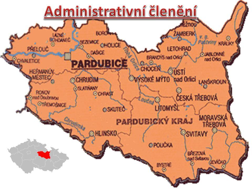 V kraji je celkem 451 obcí Kraj se dělí na 4 okresy Okres Pardubice Okres Svitavy Okres Chrudim Okres Ústí nad Orlicí