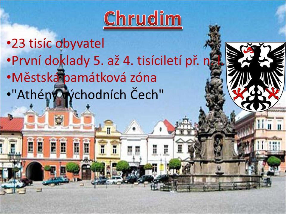 Má přes 10 tisíc obyvatel Je významným turistickým místem Tamější zámek je zapsán na seznamu UNESCO Narodil se zde Bedřich Smetana