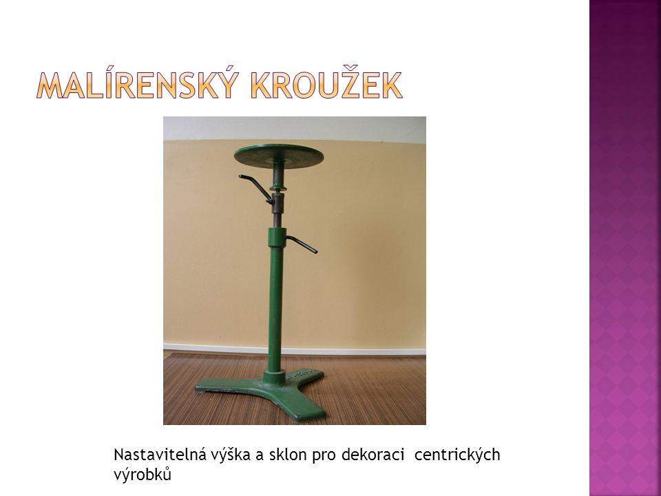 Nastavitelná výška a sklon pro dekoraci centrických výrobků