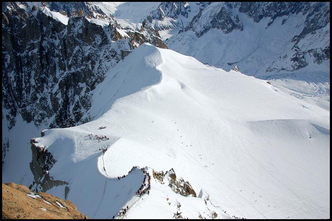 Jedna z cest na Mont Blanc