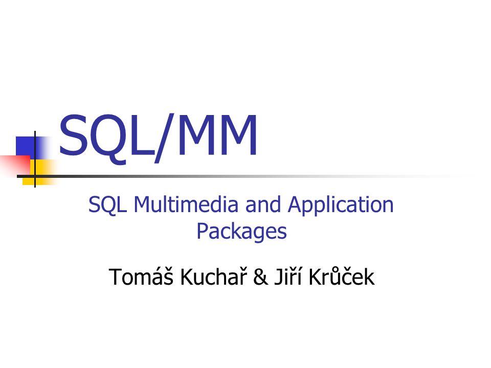 Prostorové systémy souřadnic Reprezentují se typem ST_SpatialRefSys Všechny hodnoty sloupců reprezentujících prostorová data (prostorové atributy) v SQL dotazu musí být definovány ve stejném souřadnicovém systému