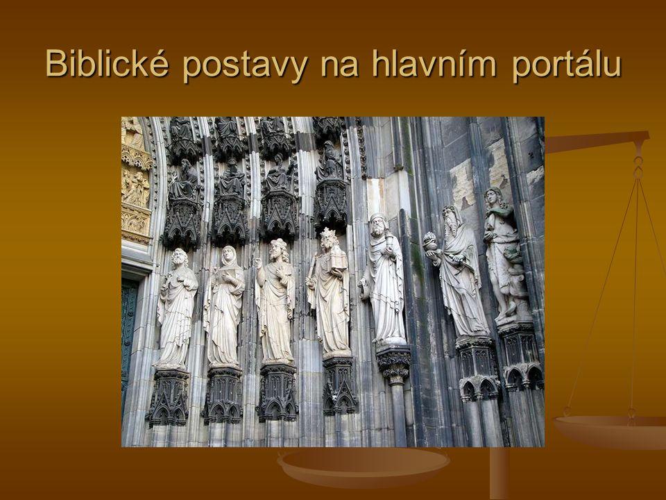 Biblické postavy na hlavním portálu