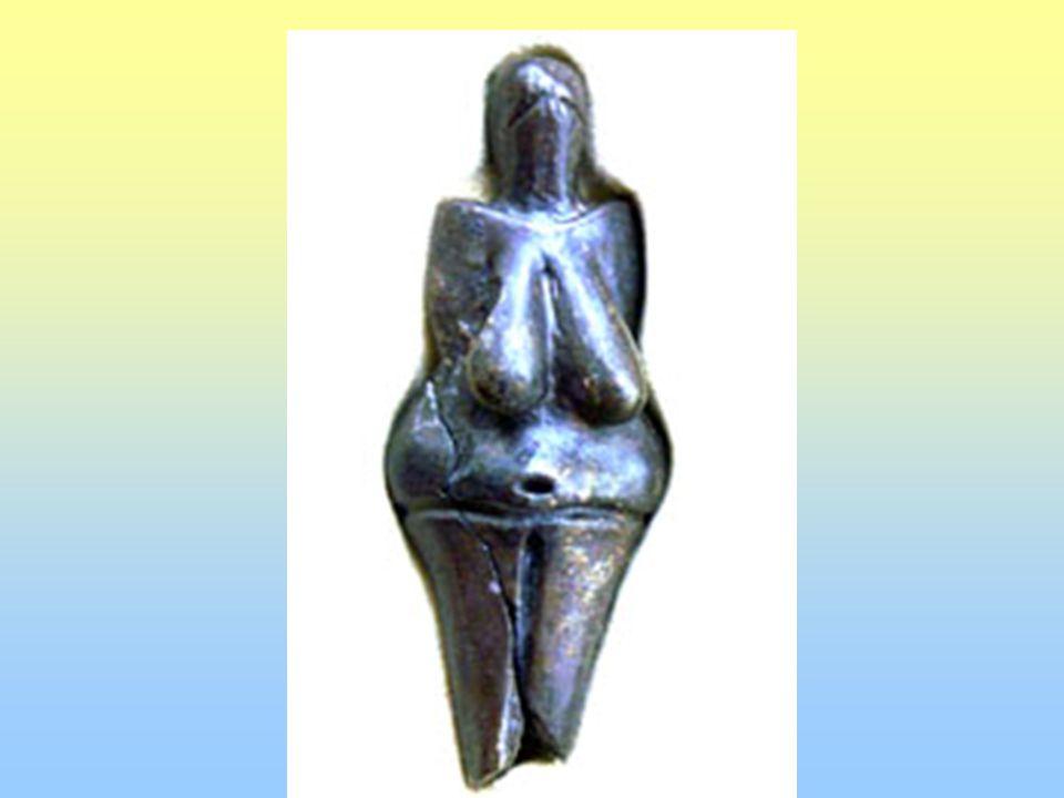 Šamanka s křivou hubou - soška ze slonoviny; portrét - nejstarší podoba konkrétní osoby, portrétní rys - nález ženské kostry a lebky s poškozenou čelistí, která odpovídá portrétu; v Dolních Věstonicích lidské postavy schematizované zvířecí dokonalé sošky často deformovány ( obrana proti magii; aby nebyly zneužity proti tvůrci; rozmlácené a zničené figurky ihned po výrobě – rituály)